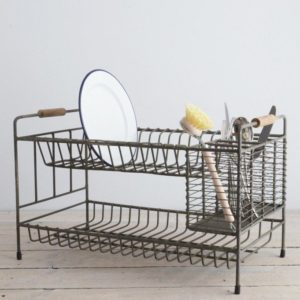 WASHWARE & TROLLEYS